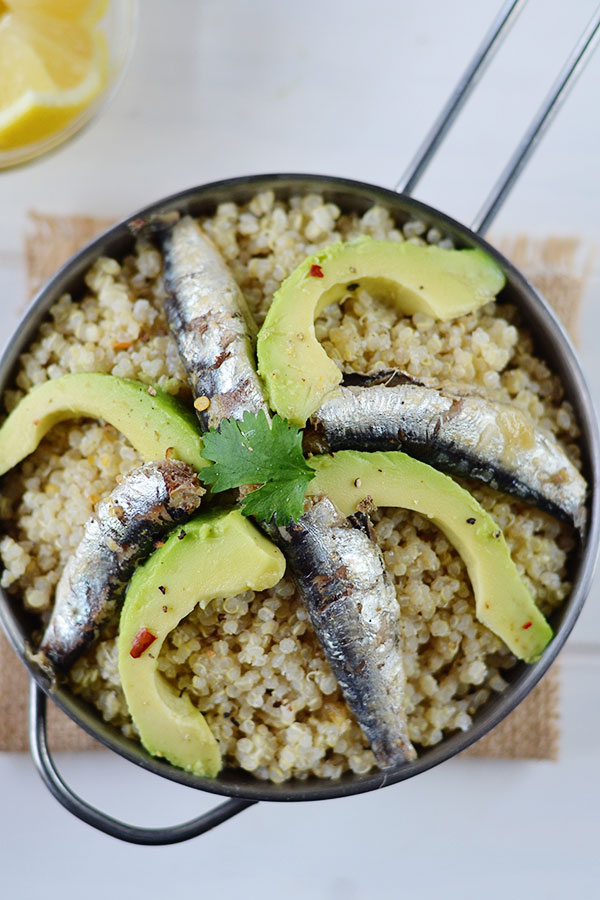 Coconut Quinoa Sardine Bowl - This Coconut Quinoa Sardine bowl is an easy, quick and healthy weeknight dinner that won't break the bank.