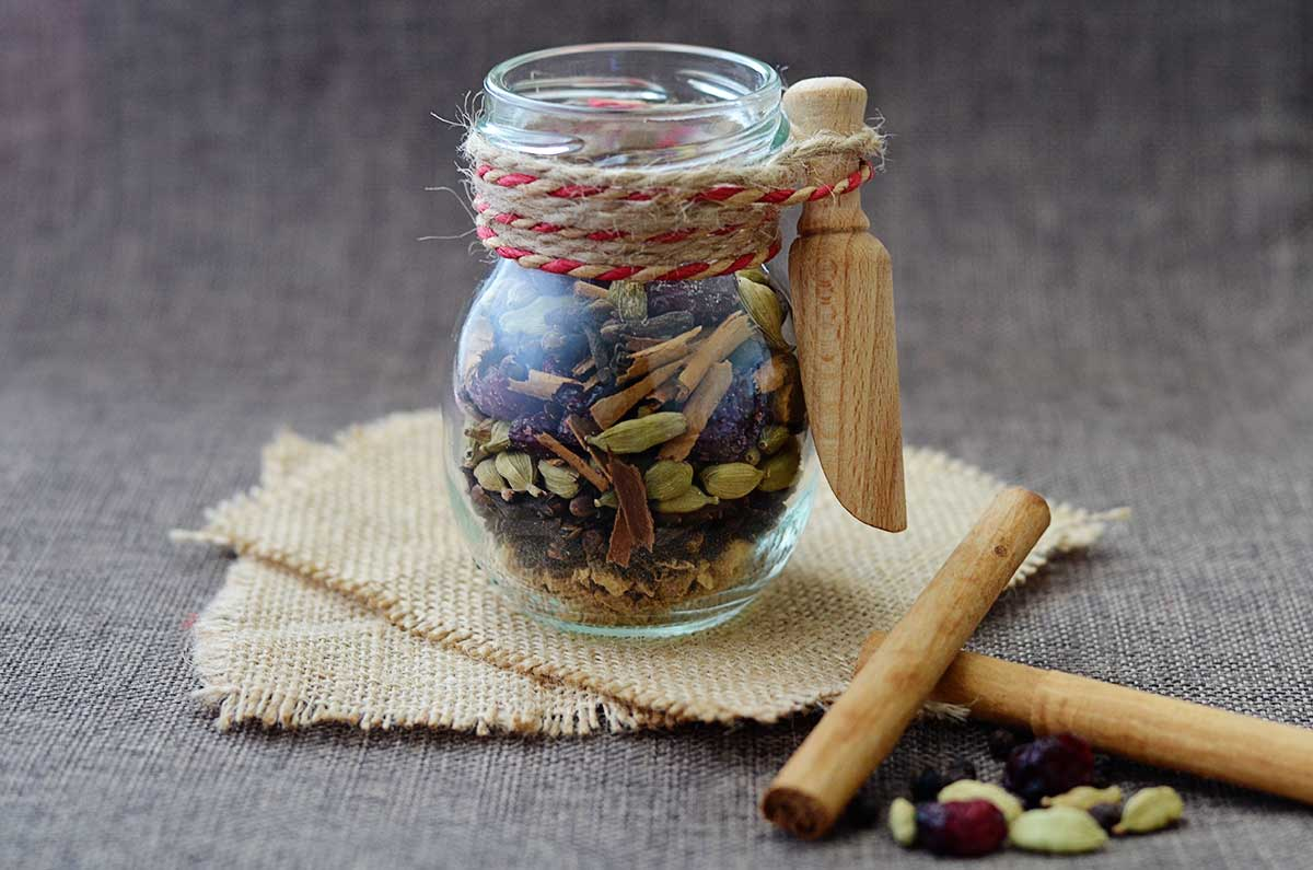 Homemade Mulling Spices - Natural Fit