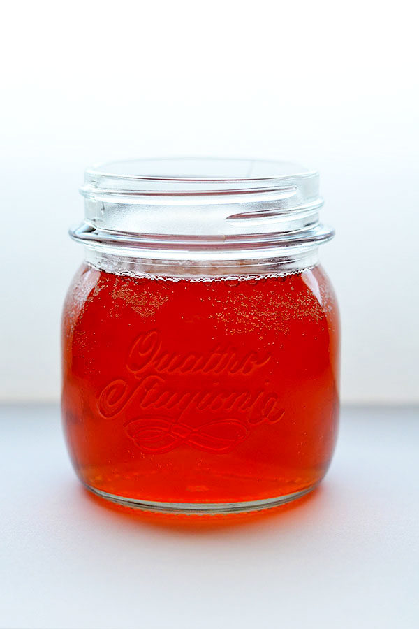 How-to-make-Kombucha-Let me show you how to make Kombucha. Homemade Kombucha tea is a delicious, fizzy fermented drink to help whip your gut into better health! It improves digestion, helps you lose weight and boosts your immunity.