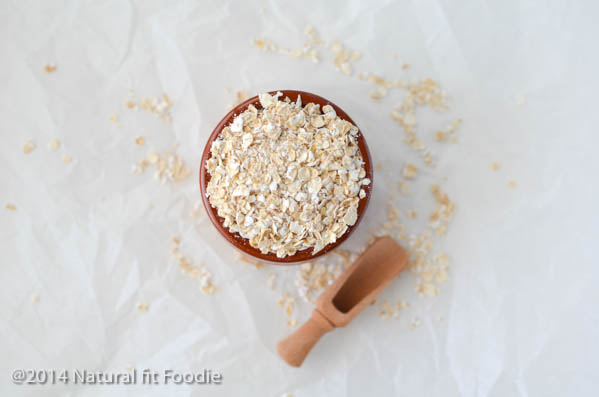 How to make overnight oats - Overnight Oats are hands down the EASIEST healthy breakfast to prepare. Whip up a big batch on the weekend and your weekly breakfast dilemma is solved!